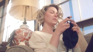 Katherine Heigl Knitting