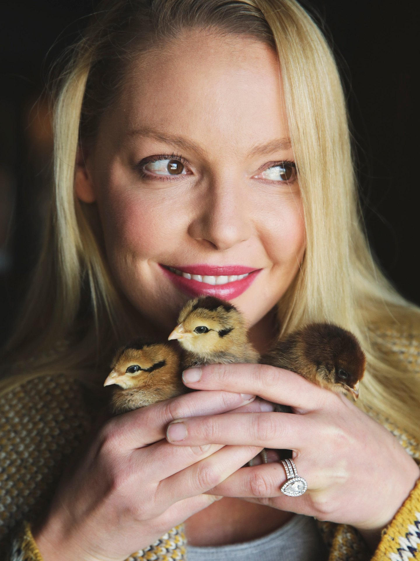 Katherine Heigl Holding Chicks