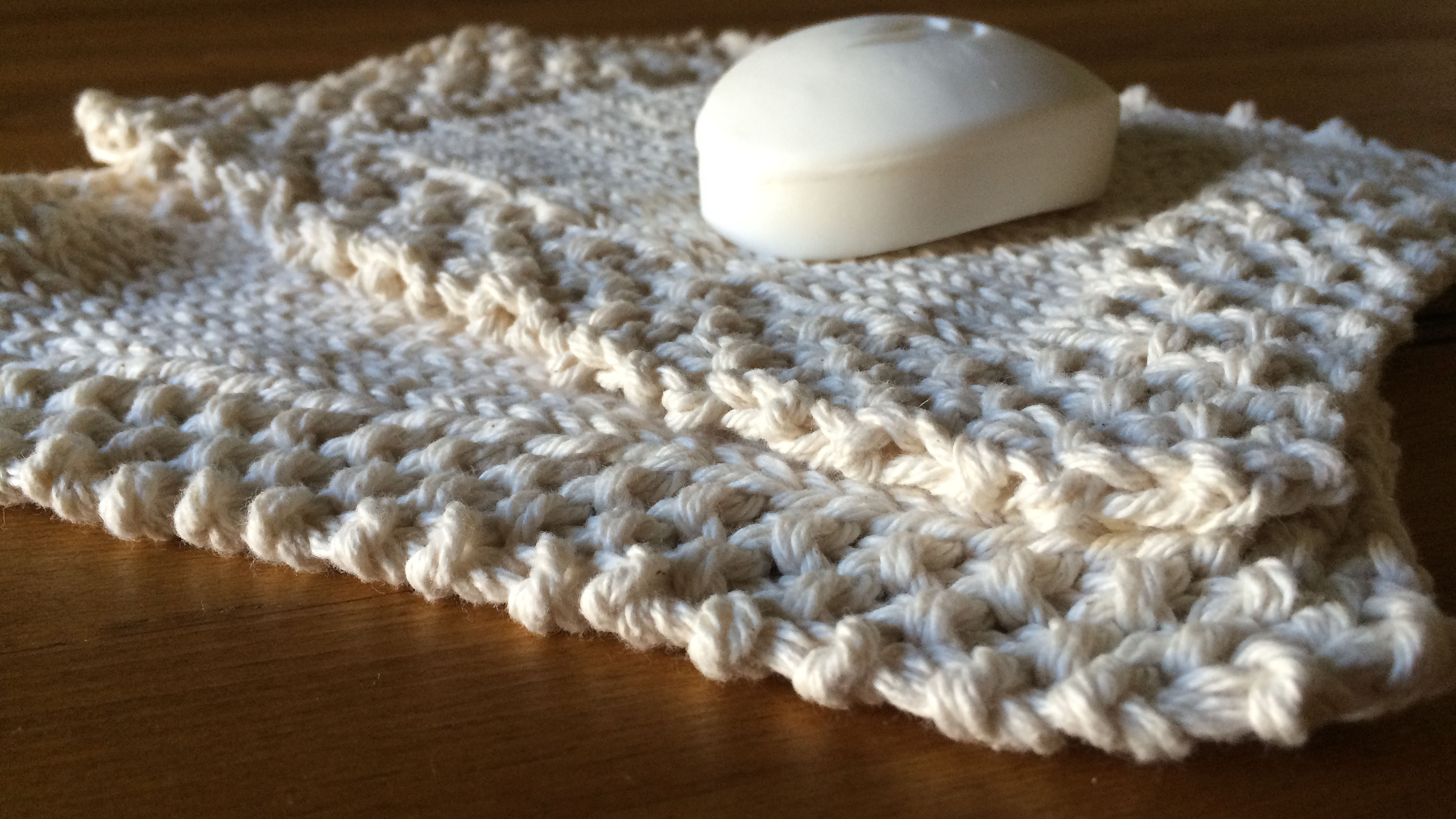Seed and Moss stitch borders are simple and elegant.