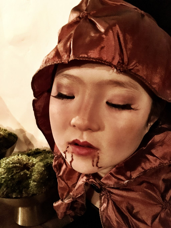 Naleigh - Halloween vampire costume and makeup
