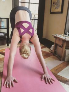 Katherine Heigl's yoga workout routine