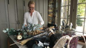 Katherine Heigl making her Halloween wreath