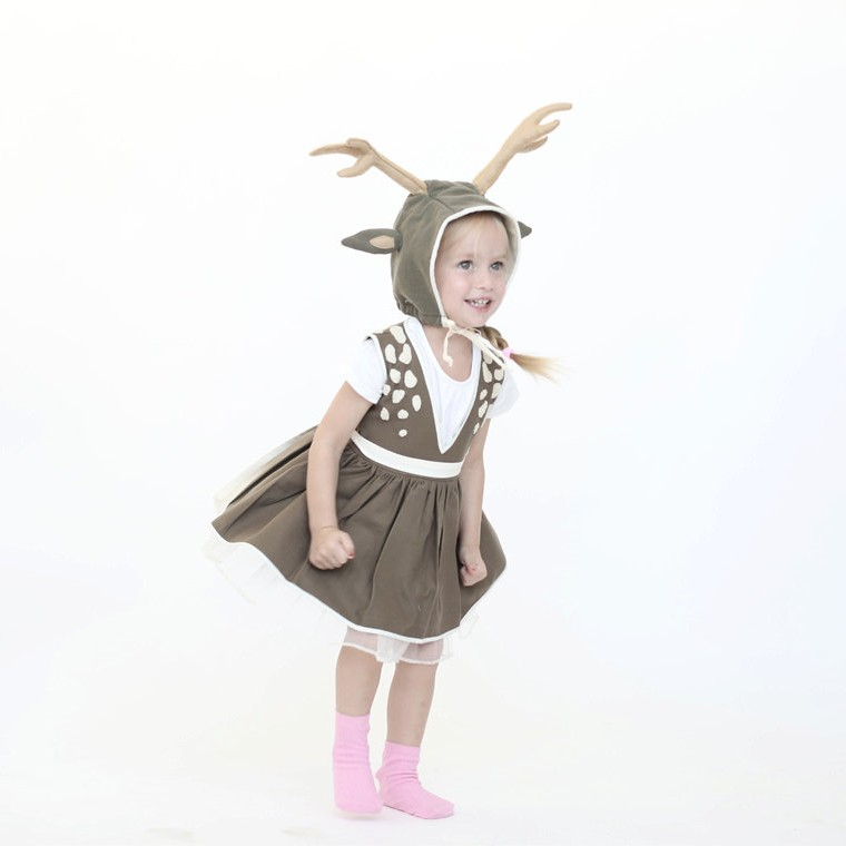Halloween deer costume © Inbal Carmi Studio