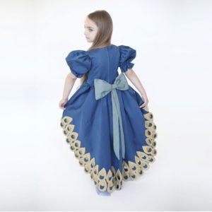 Halloween peacock costume © Inbal Carmi Studio