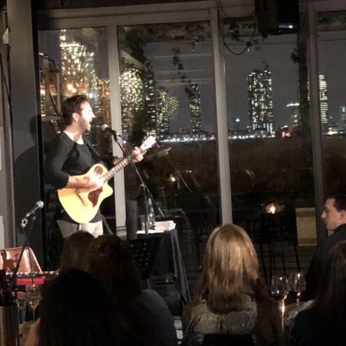 Josh Kelley in concert