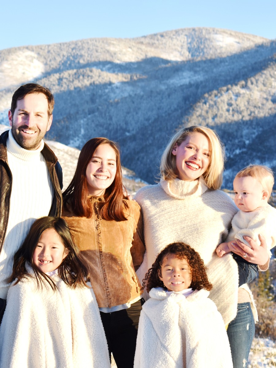 Katherine Heigl with her husband Josh Kelley, children Naleigh, Adalaide and Joshua Jr., and niece Madison