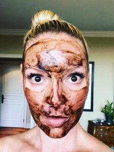 Katherine Heigl - Eminence Hungarian Mud Mask